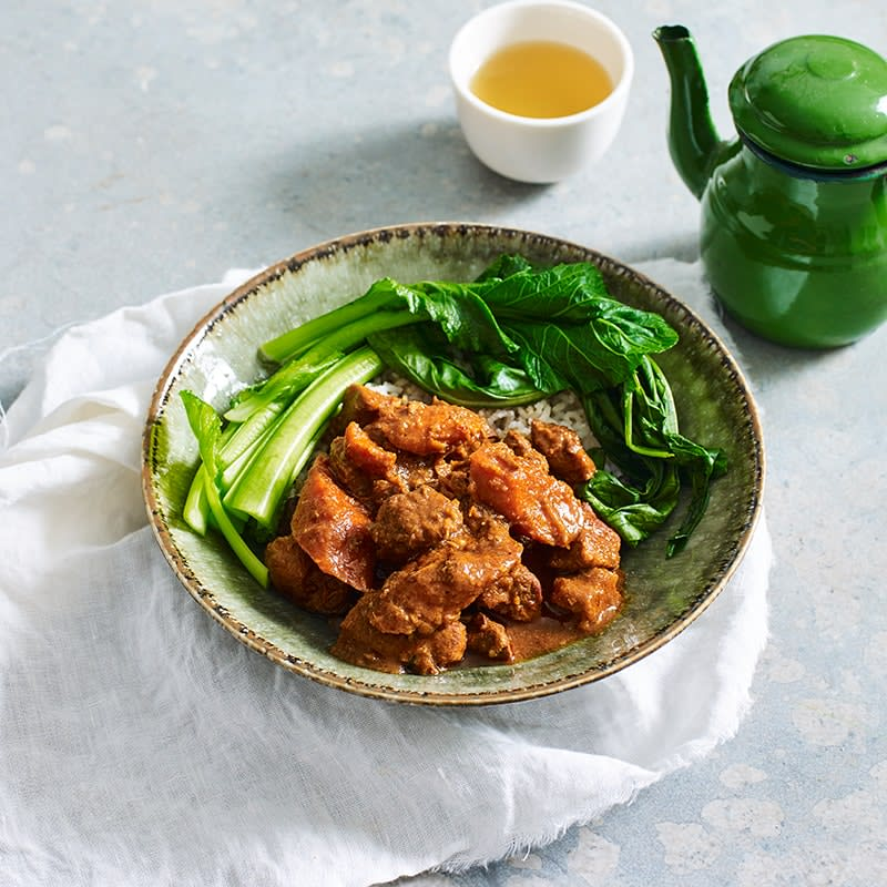 Photo of Slow-cooker red pork curry by WW
