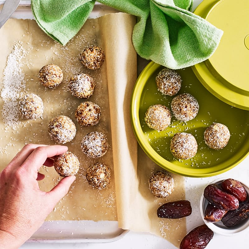 Photo of Anna's apple pie bliss balls by WW