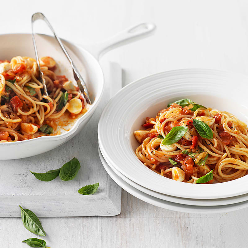 Photo of Spaghetti with fresh tomato sauce and bocconcini by WW