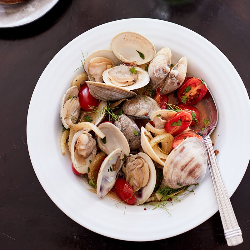Photo of Mindy's clam stew with fennel and tomatoes by WW