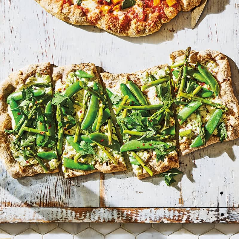Photo of Asparagus, sugar snap and ricotta pizza by WW