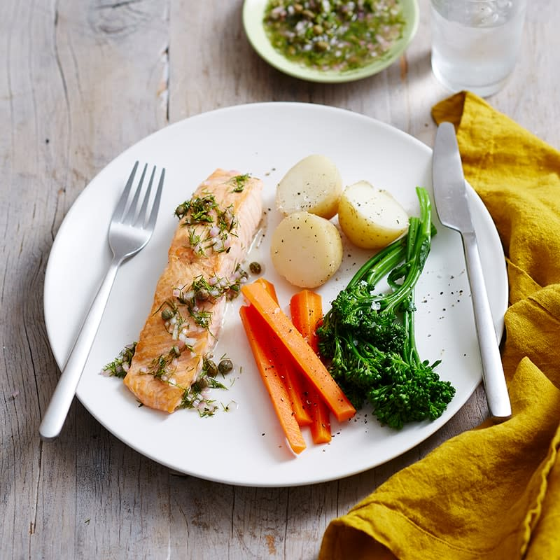 Photo of Grilled salmon with caper and dill dressing by WW