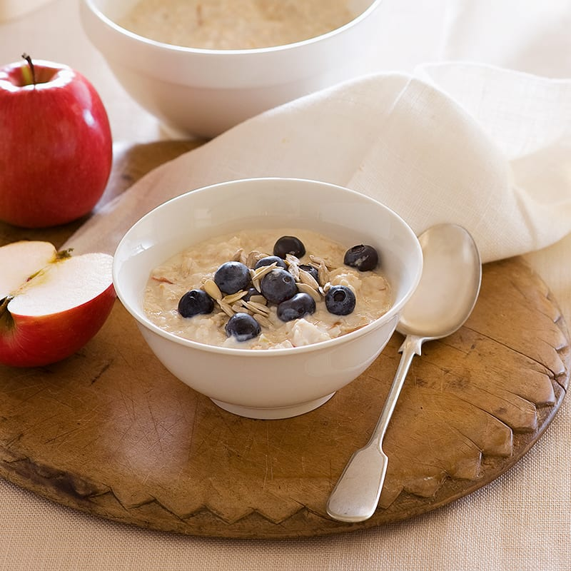 Photo of Bircher muesli with apple and blueberries by WW
