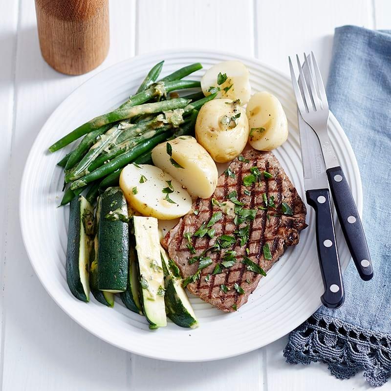 Photo of Rump steak and parsley vegies by WW