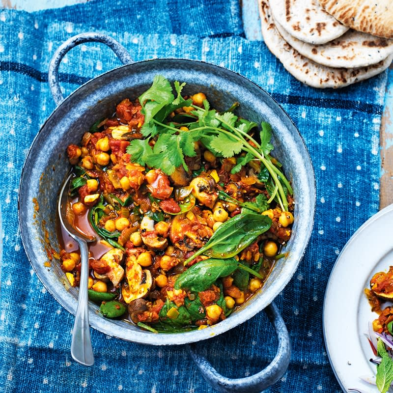 Photo of Mushroom, spinach and chickpea curry by WW
