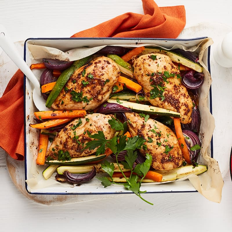 Photo of Balsamic and mustard chicken tray bake by WW