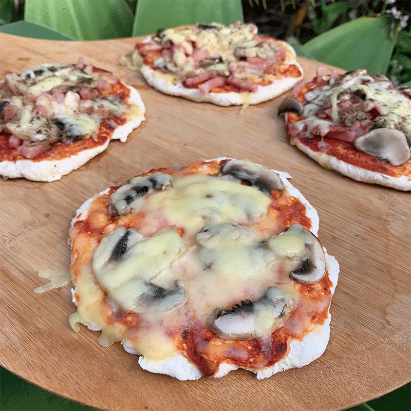 Photo of Rebecca's microwave mushroom pizza by WW