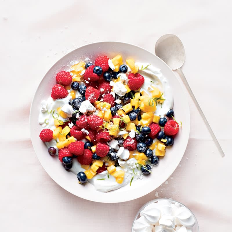 Photo of Lime yoghurt with fruit and meringues by WW