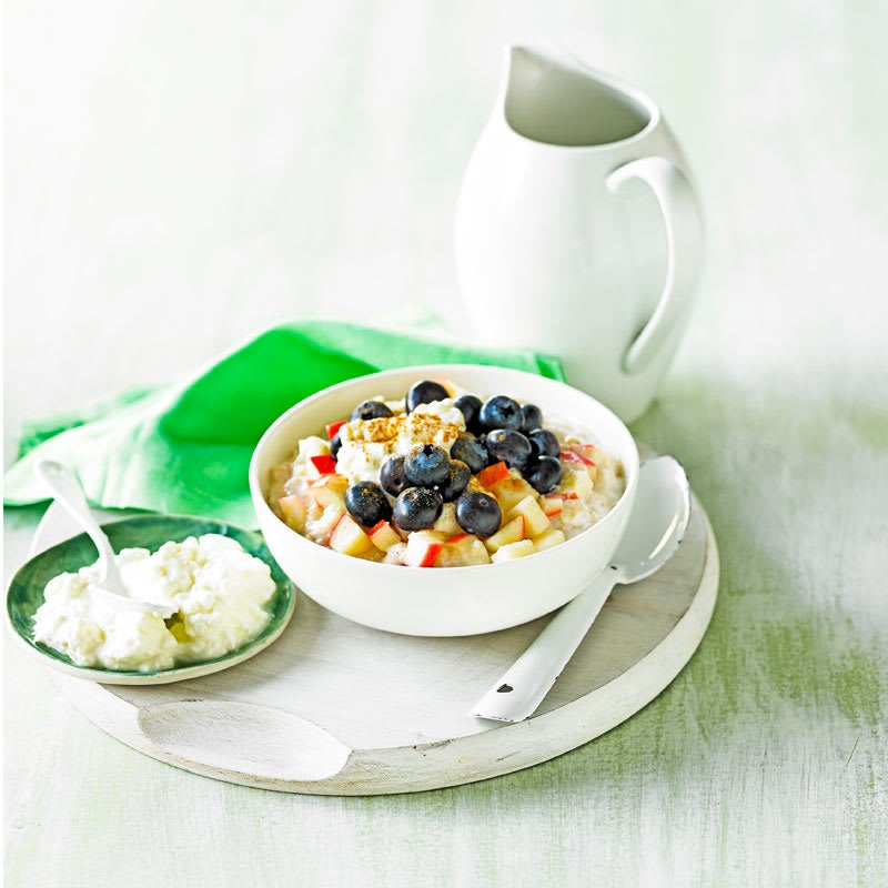 Photo of Creamy oat porridge with apple and blueberries by WW