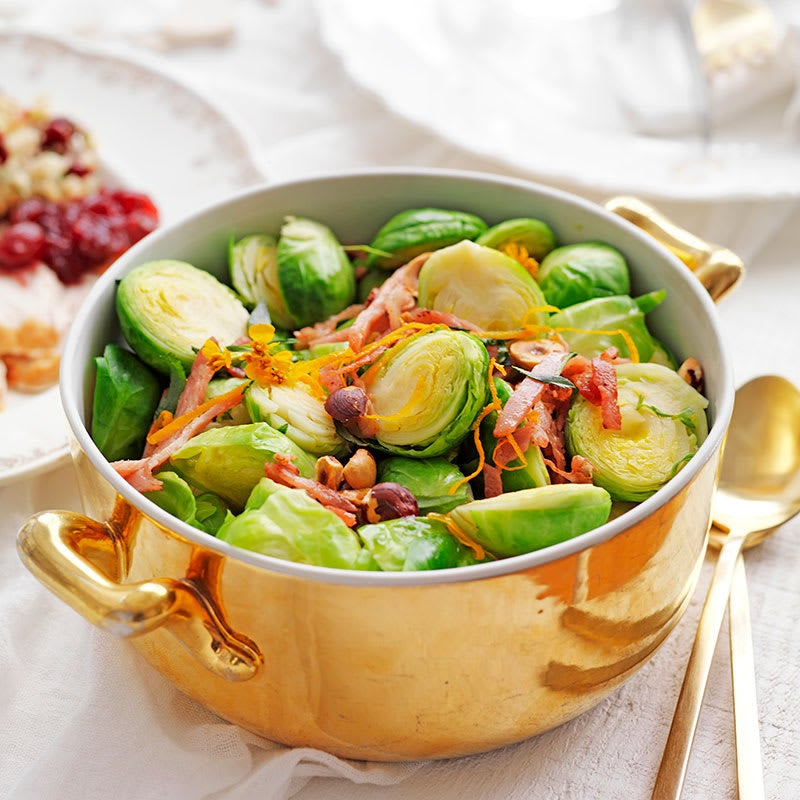 Photo of Brussels sprouts with prosciutto and hazelnuts by WW