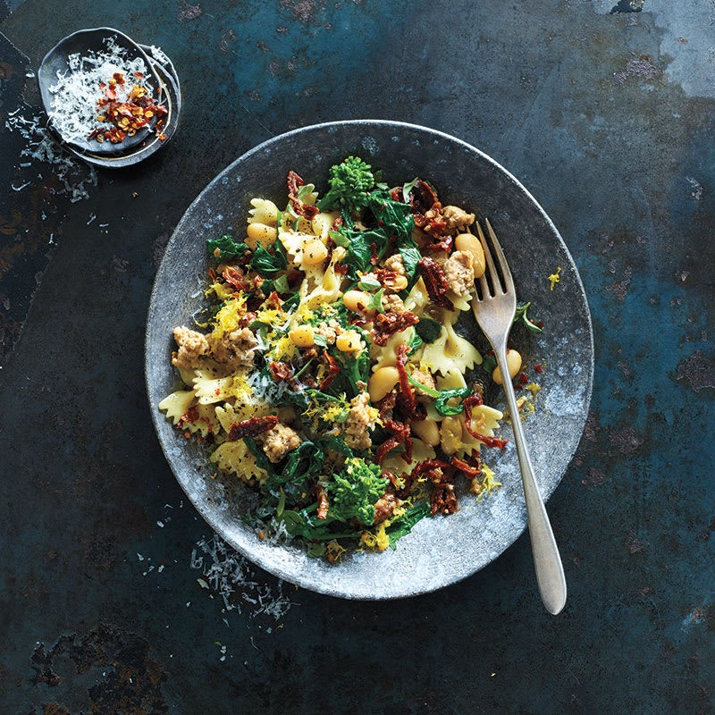 Photo of Farfalle with sausage, Chinese broccoli by WW