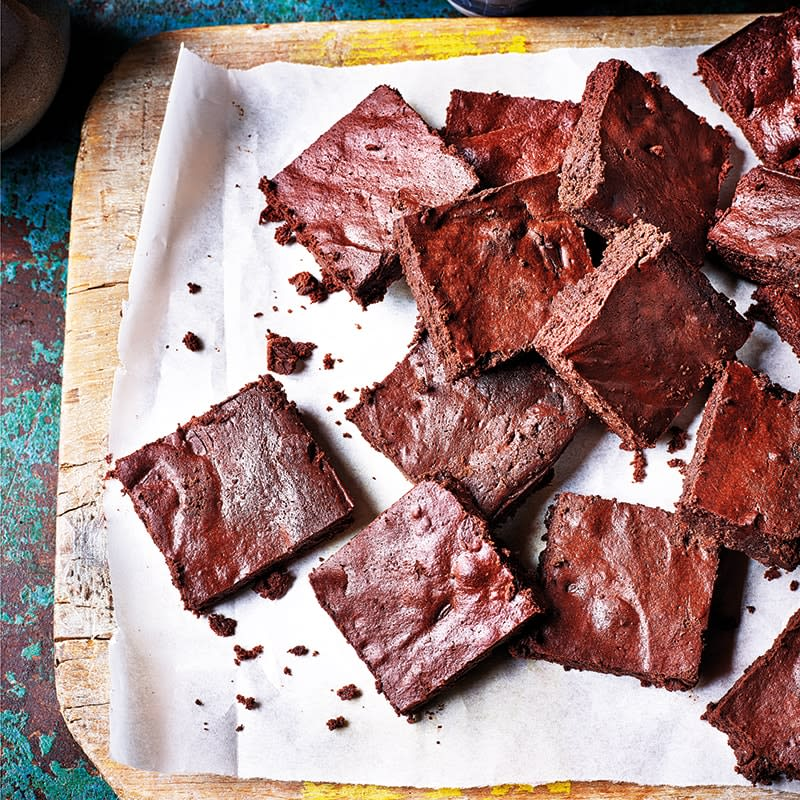 Photo of Easy chocolate brownies by WW