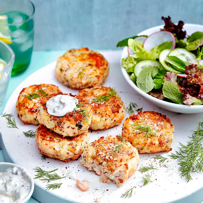 Photo of Dill and mustard salmon cakes by WW