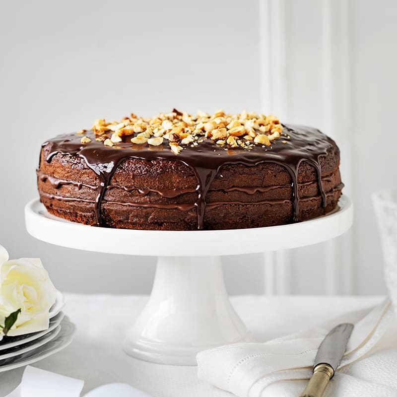 Photo of Layered chocolate hazelnut cake by WW