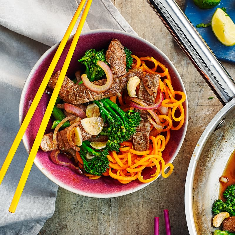 Photo of Spicy stir-fried beef and broccoli with carrot noodles by WW
