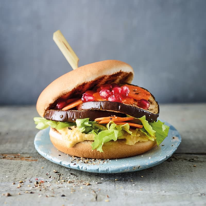 Photo of Eggplant burger with hummus by WW