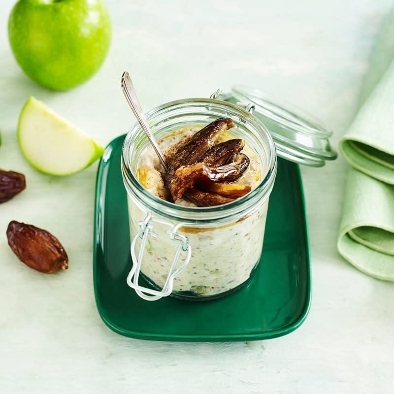 Photo of Apple pie overnight oats by WW