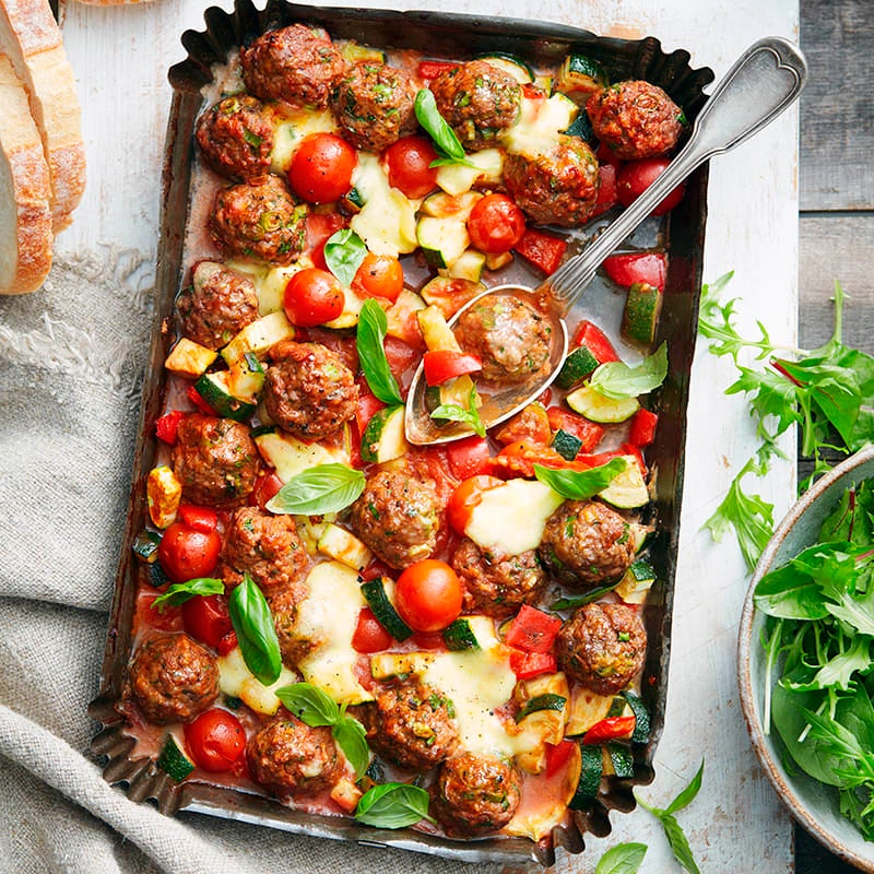Photo of Meatball, tomato and bocconcini tray bake by WW