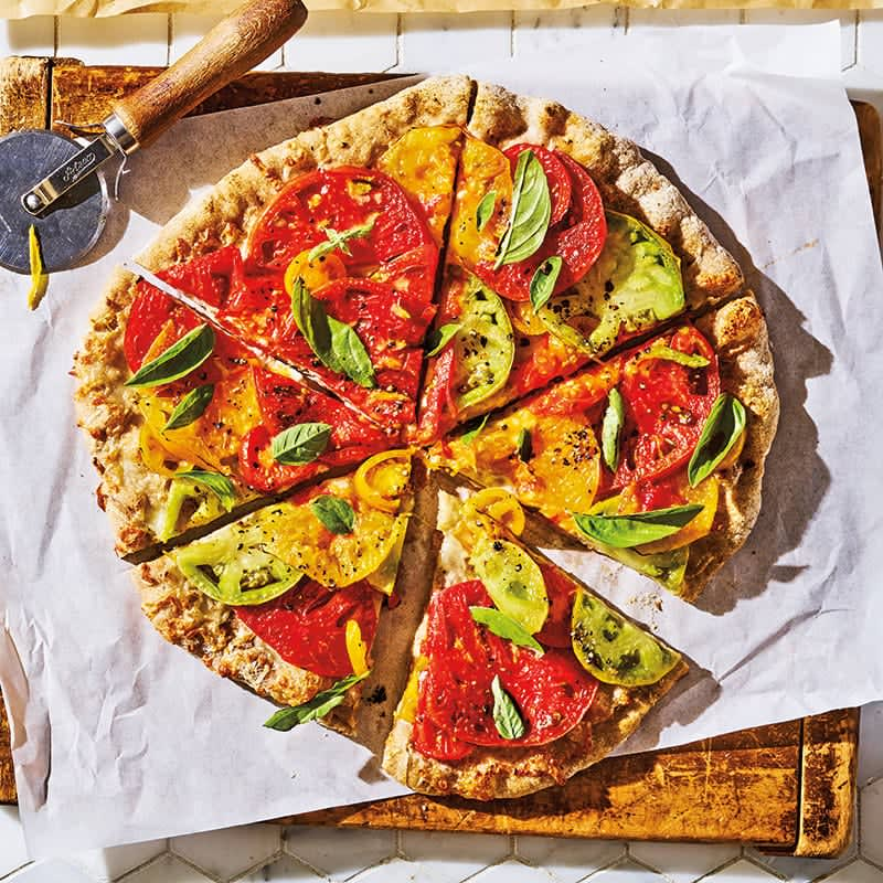 Photo of Heirloom tomato and basil pizza by WW