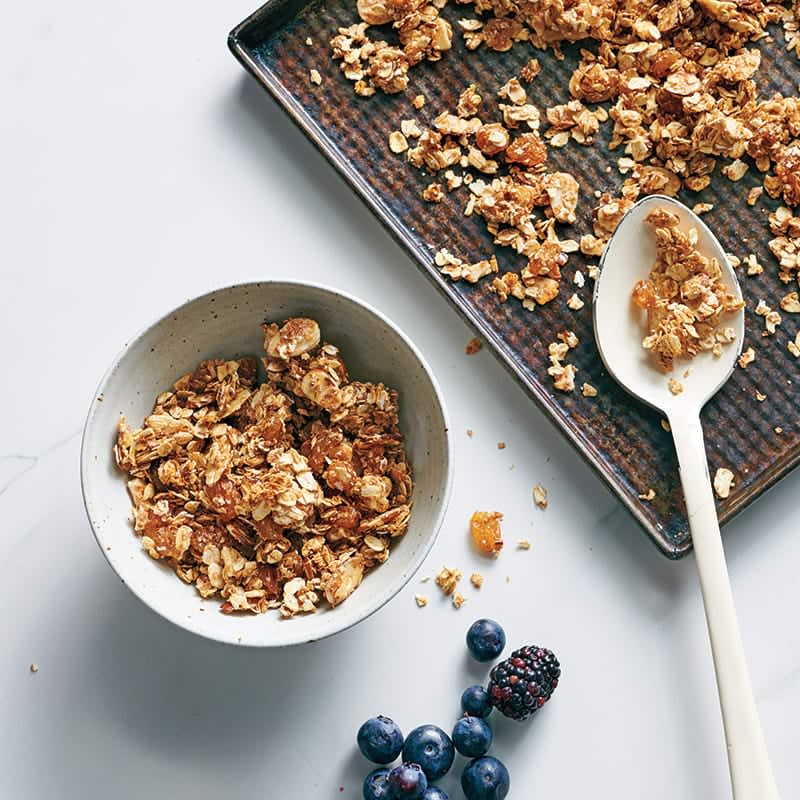 Photo of Fruit and nut granola by WW