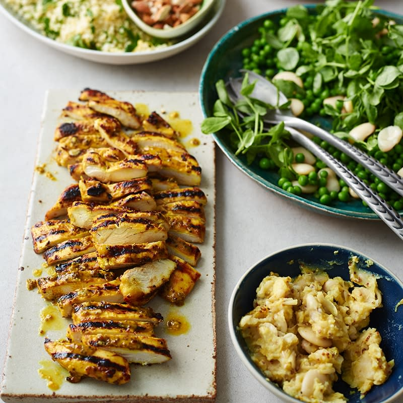 Photo of Golden chicken with butter bean hummus by WW