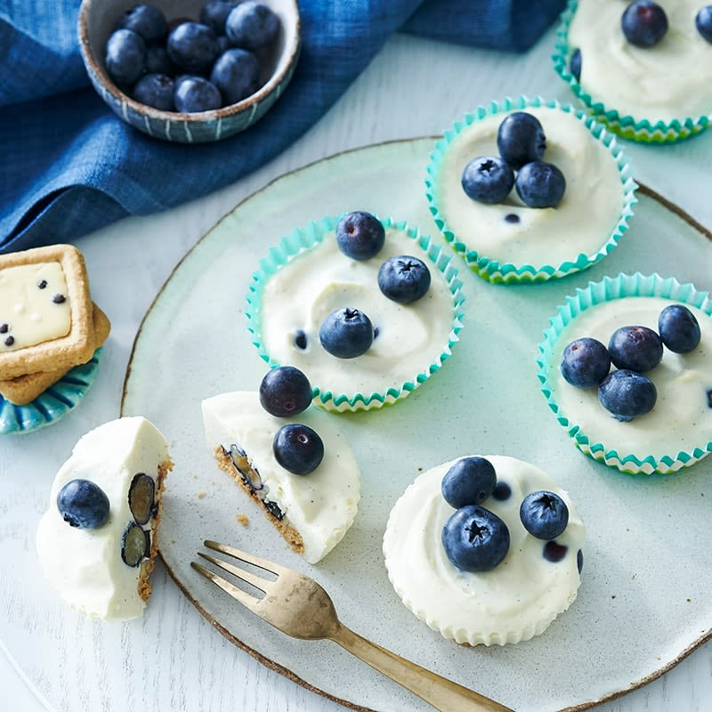 Photo of Mini citrus blueberry cheesecakes by WW