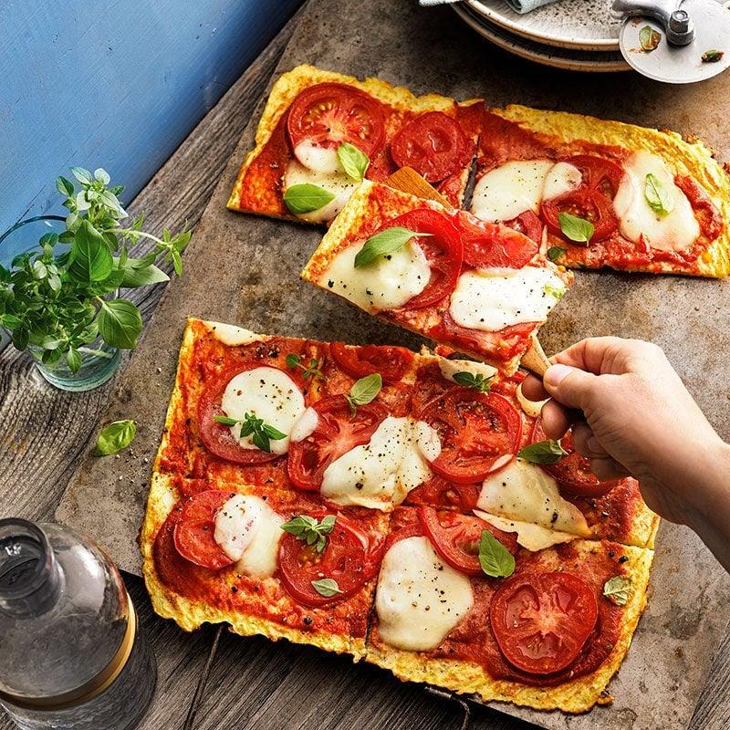 Photo of Cauliflower pizza margherita by WW