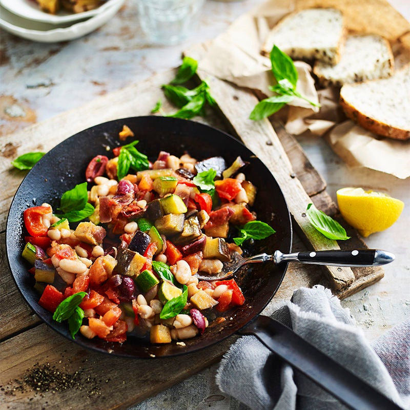 Photo of Pan ratatouille with beans by WW