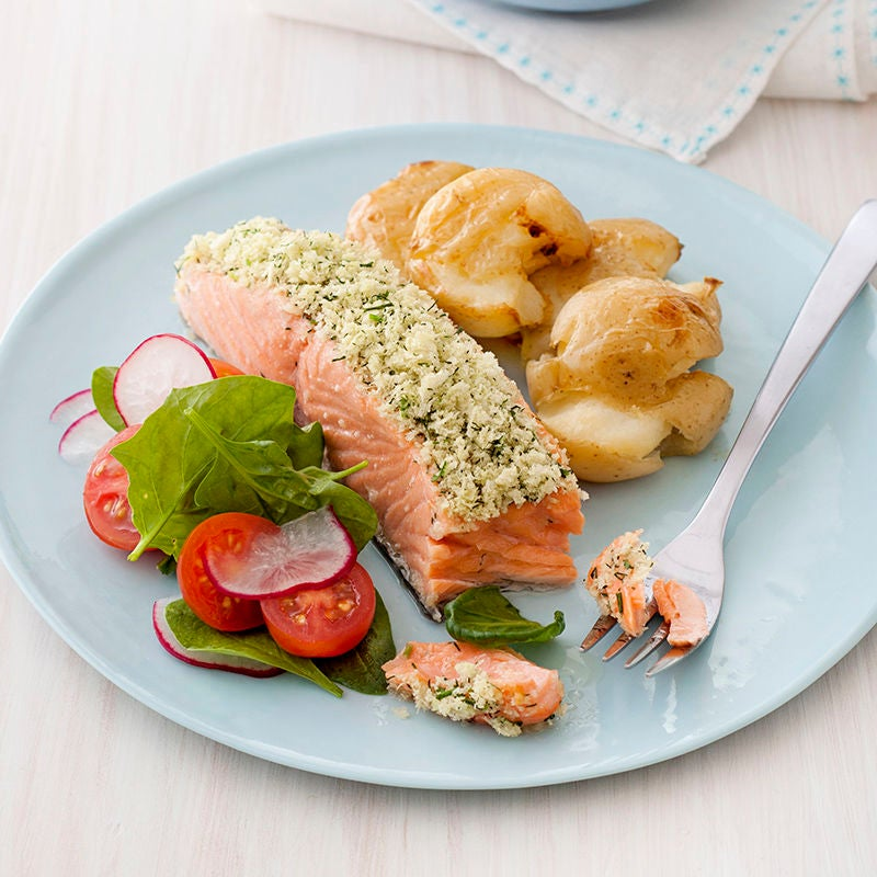 Photo of Herbed salmon fillets with crushed potatoes by WW