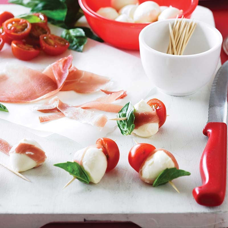 Photo of Bocconcini, tomato and basil bites by WW