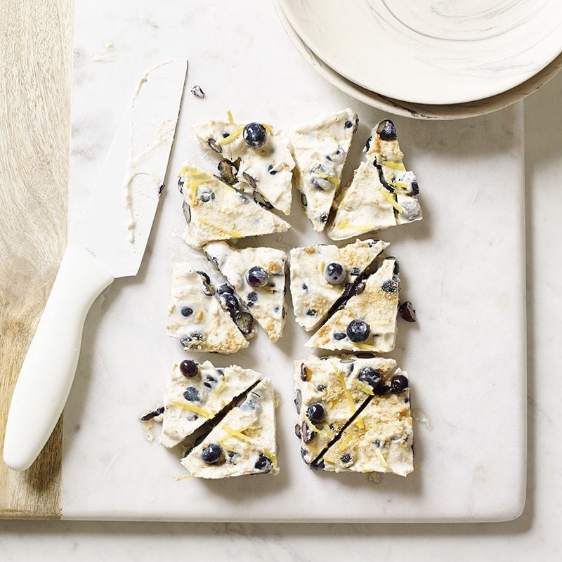 Photo of Blueberry cheesecake yoghurt bark by WW