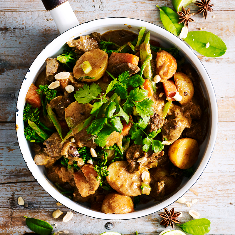 Photo of Beef and vegetable massaman curry by WW