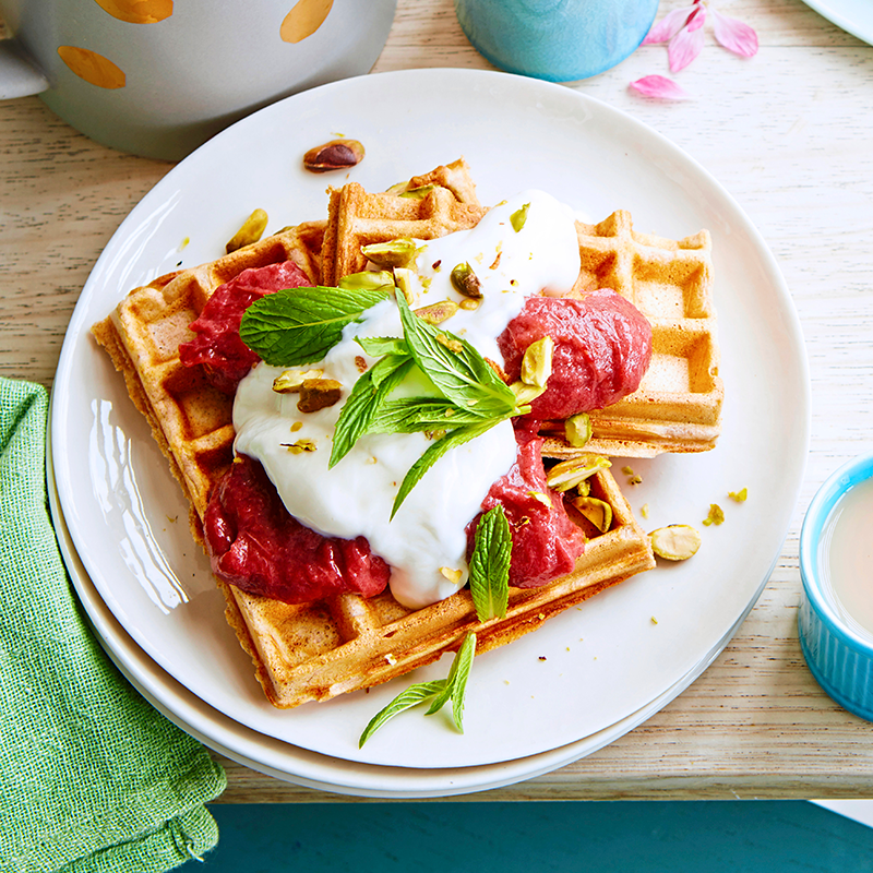 Photo of Spelt banana waffles with rhubarb and yoghurt by WW