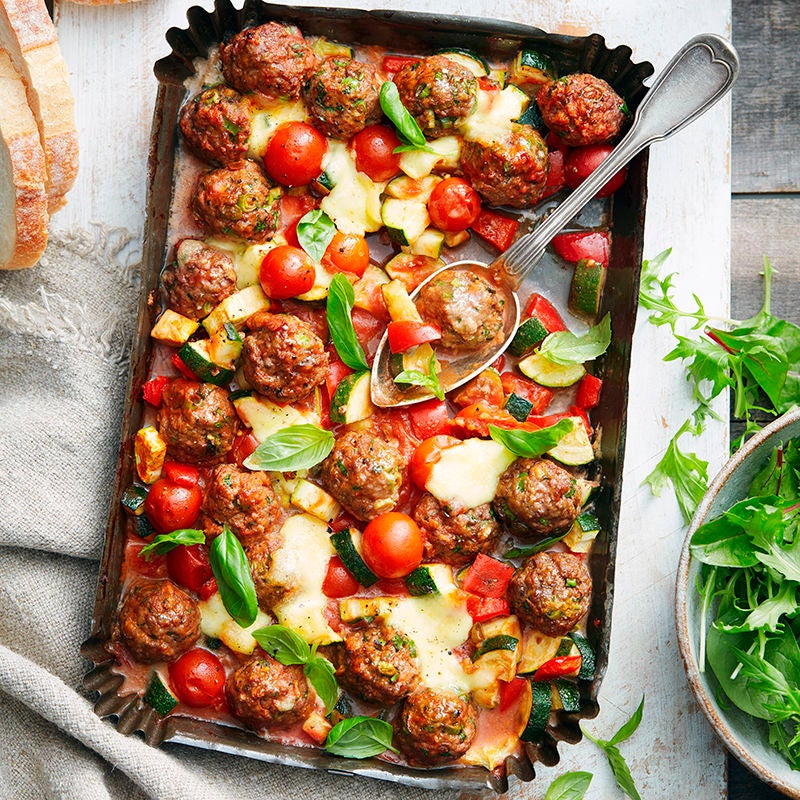 Photo of Meatball, tomato and bocconcini traybake by WW