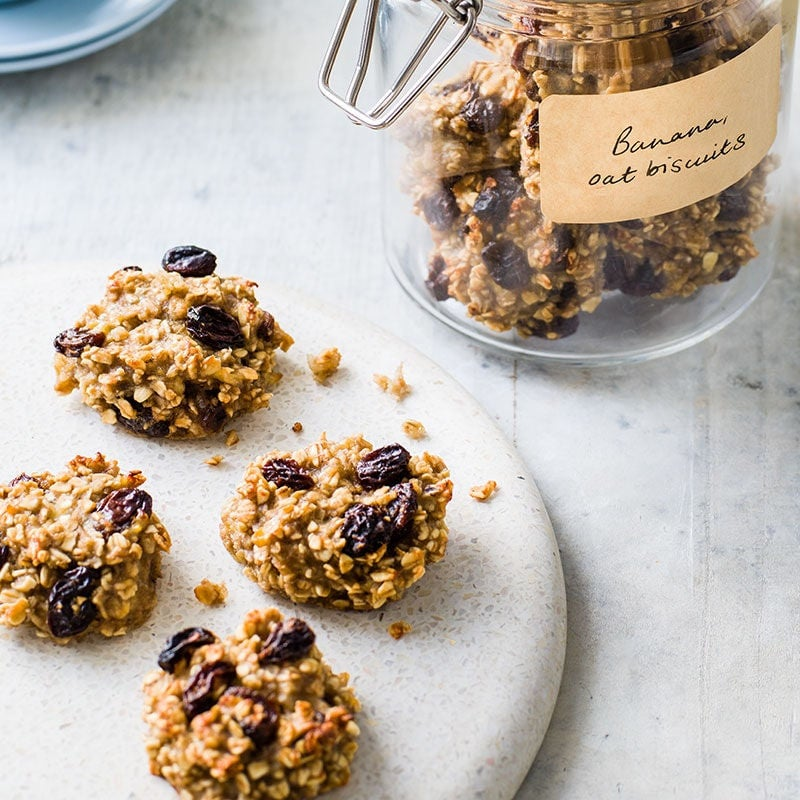 Photo of 3 ingredients banana, oat and sultana biscuits by WW