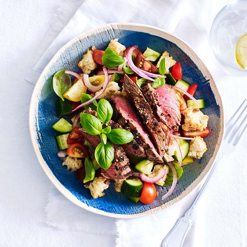 Photo of Peppered beef with panzanella by WW